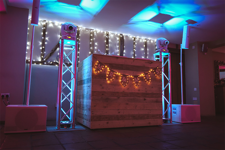 Rustic DJ booth | JN Sounds